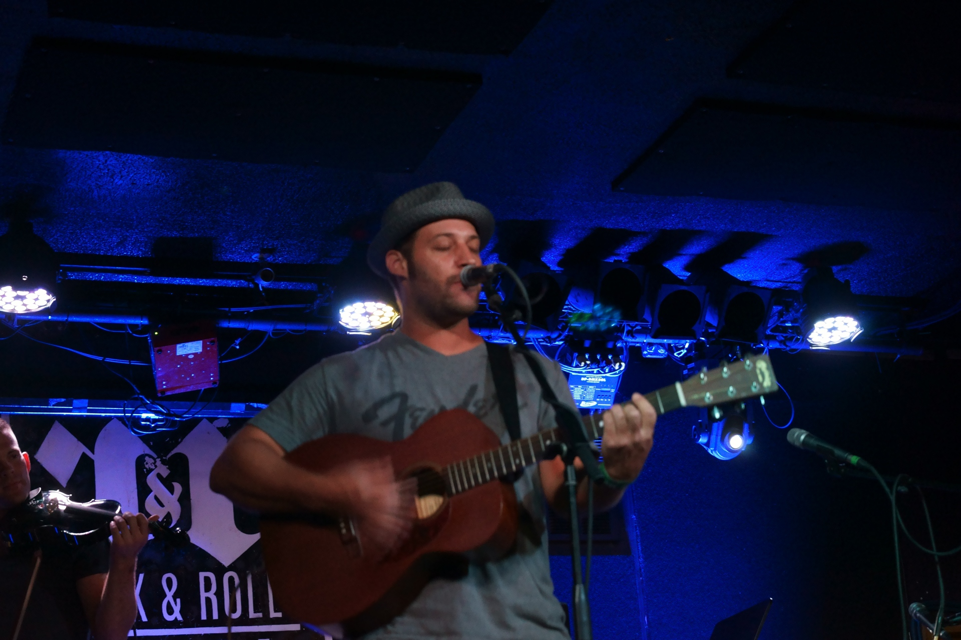 Jason Agery at R&R Hotel